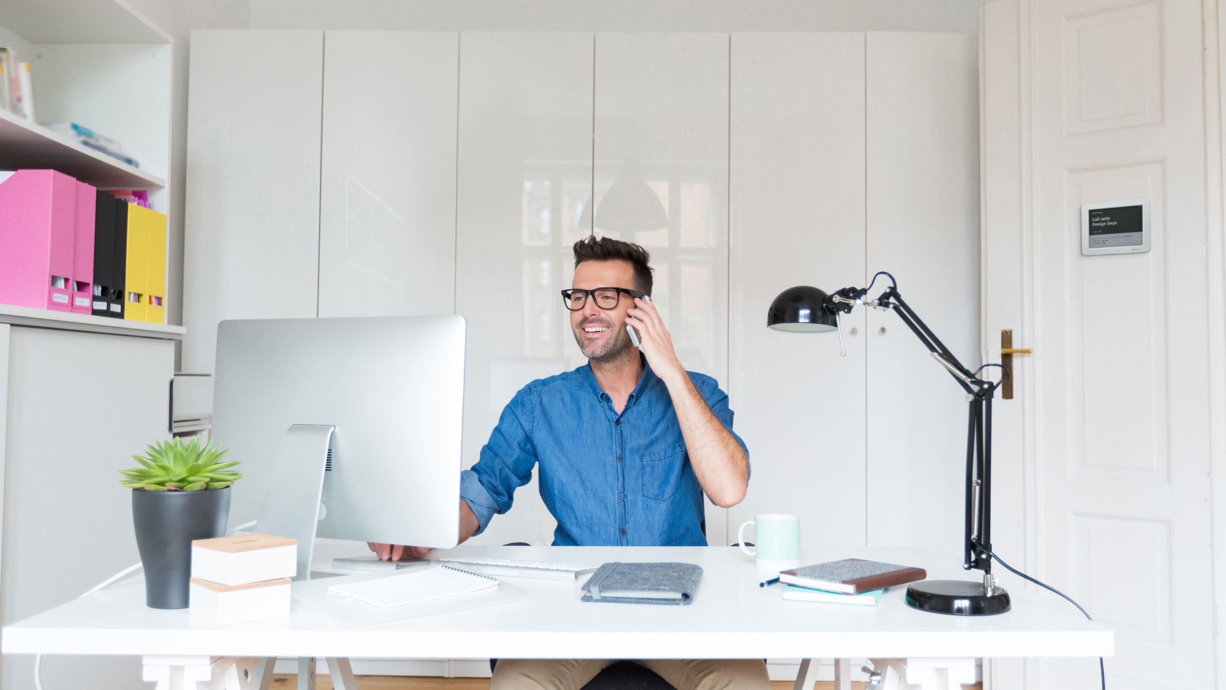 How to prepare your home office for a productive workday
